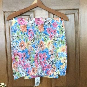 Koret Floral Print Capris - new with tags